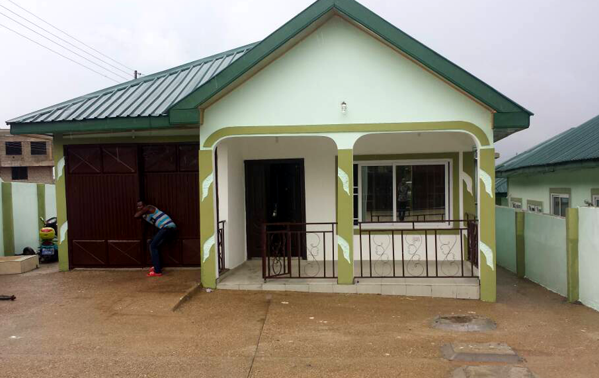 House For Sale In Kwabenya 4 Bedroom 3 Bathrooms